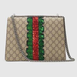 Gucci Bags - Gucci Dionysus GG Supreme Medium Shoulder bag